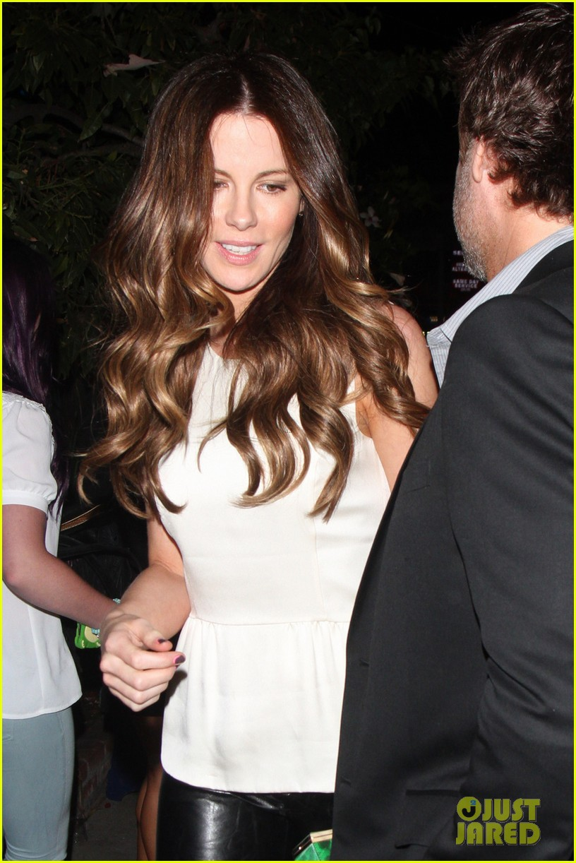 kate beckinsale little door birthday celebration 022692767