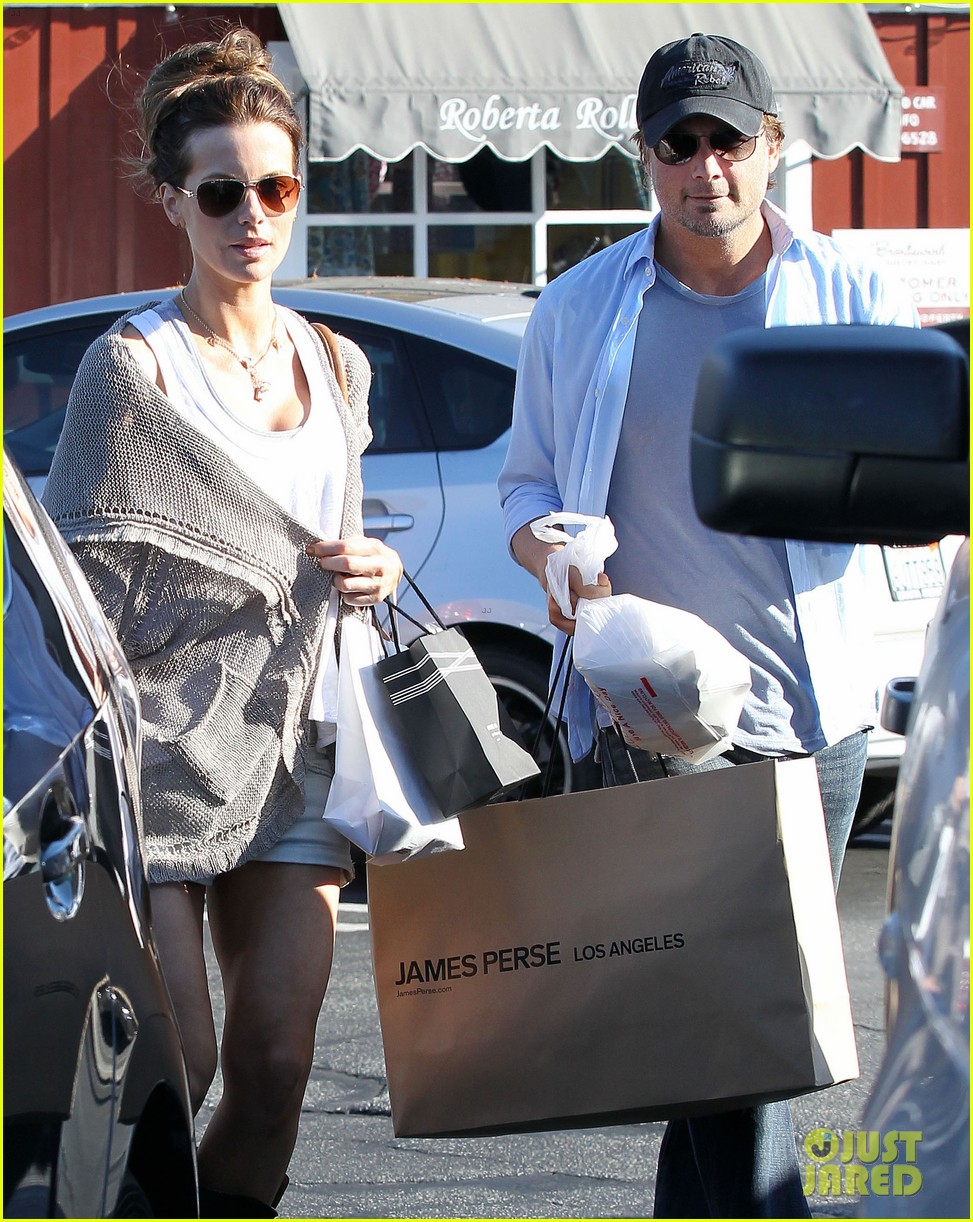 kate beckinsale len wiseman brentwood country mart 04