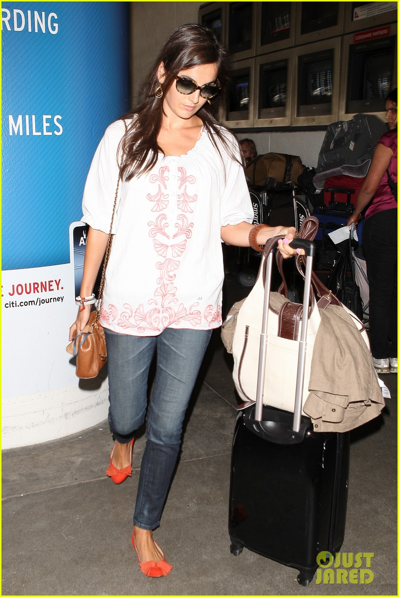 camilla belle lands in los angeles with evolet 15