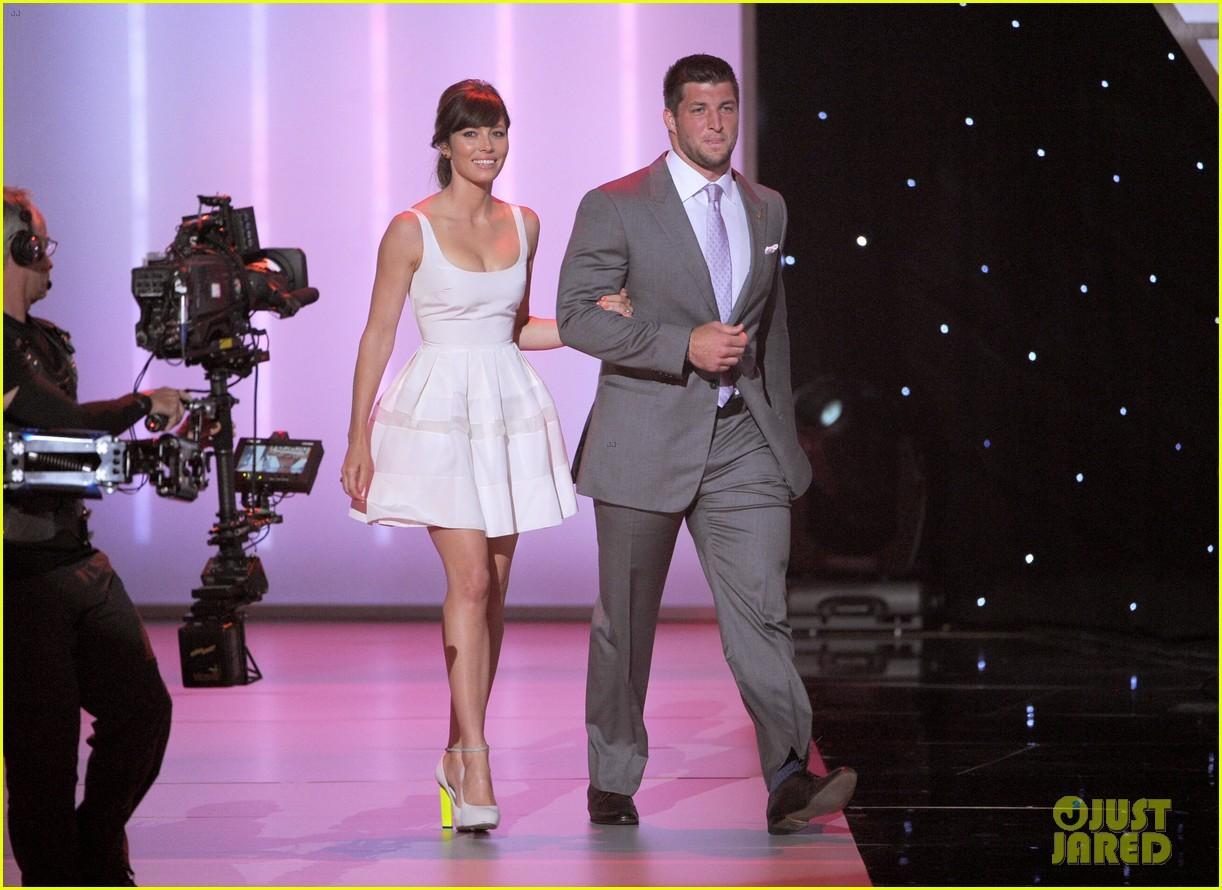 Jessica Biel Jeremy Lin Espy Awards 2012 Photo 2686031 2012