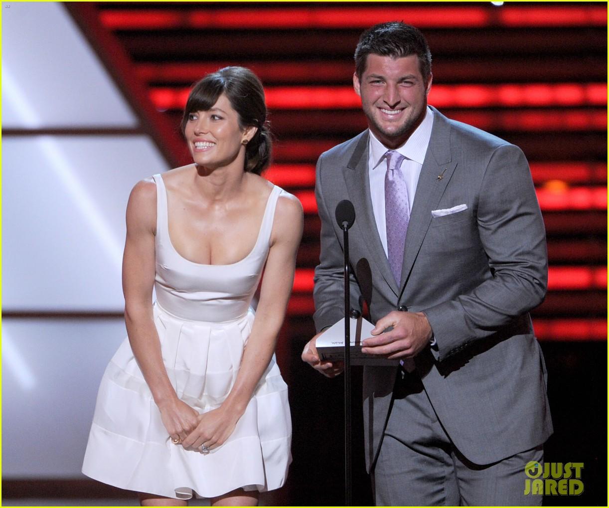 Jessica Biel Jeremy Lin Espy Awards 2012 Photo 2686032 2012
