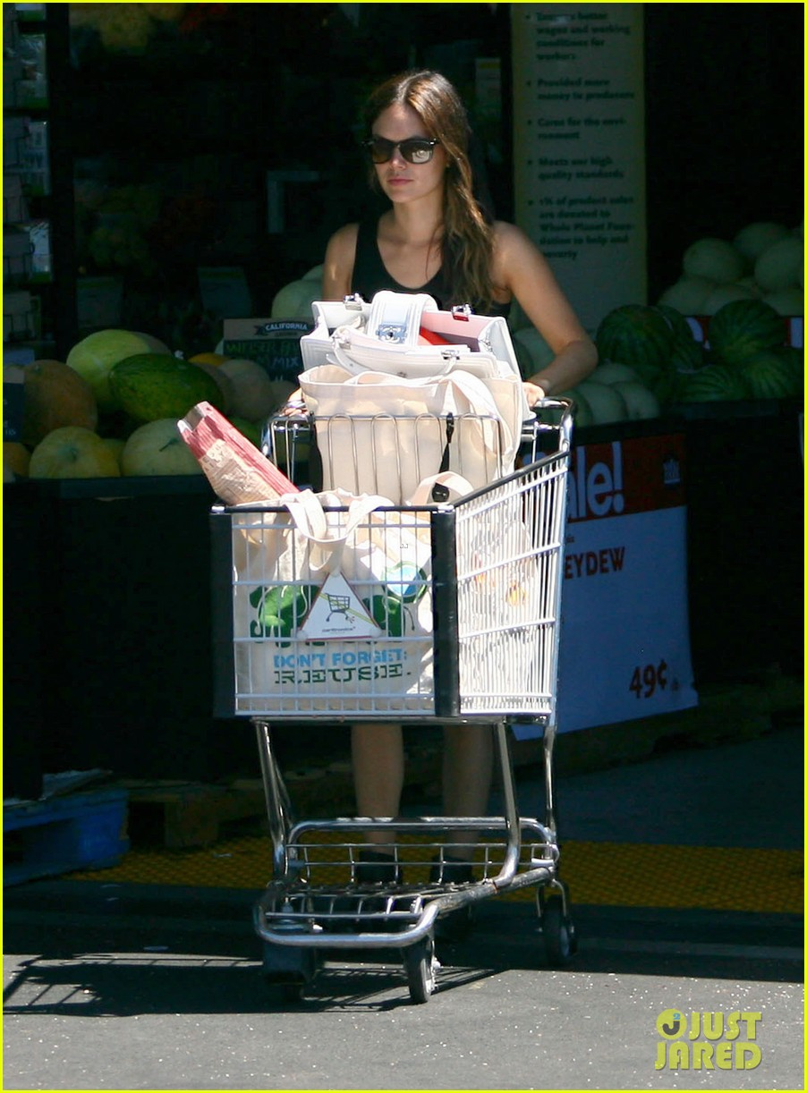 rachel bilson whole foods grocery shopping 112689566
