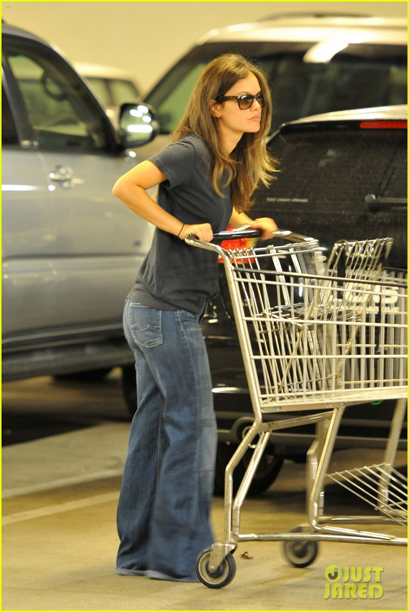 rachel bilson whole foods shopper 05