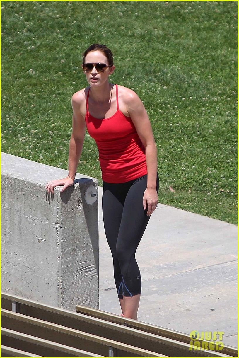 emily blunt workout 012687315