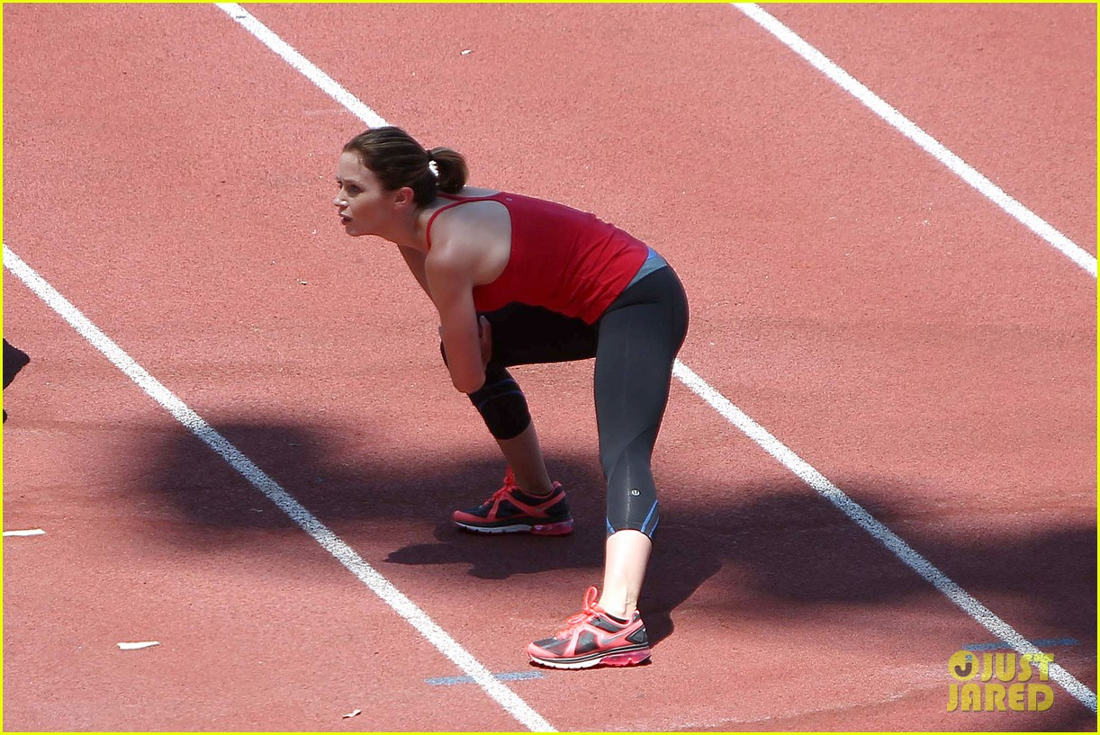 emily blunt workout 072687321