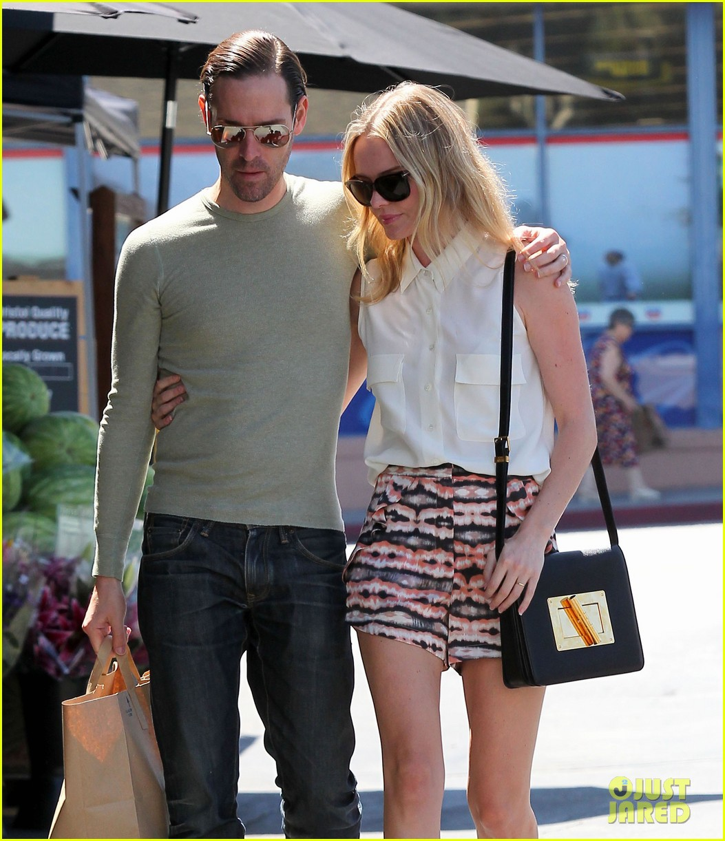 kate bosworth michael polish bristol farms shoppers 02