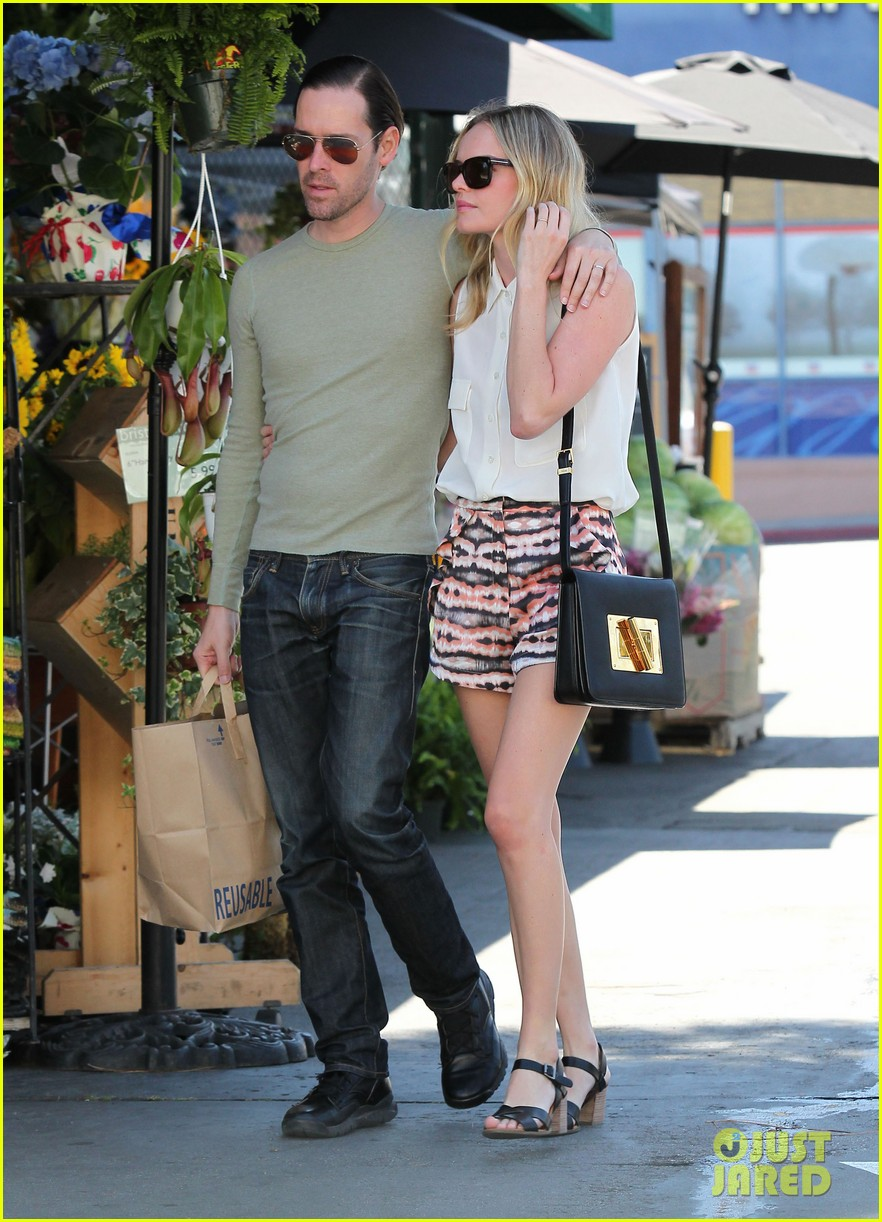 kate bosworth michael polish bristol farms shoppers 11