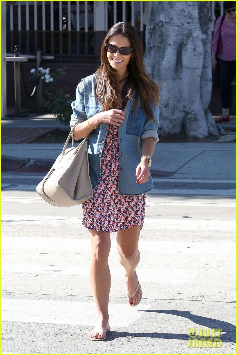 isabella brewster russell brand out and about 03