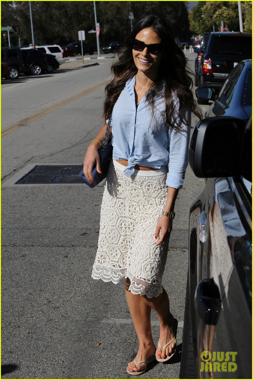 jordana brewster byron and tracey stop 012691764