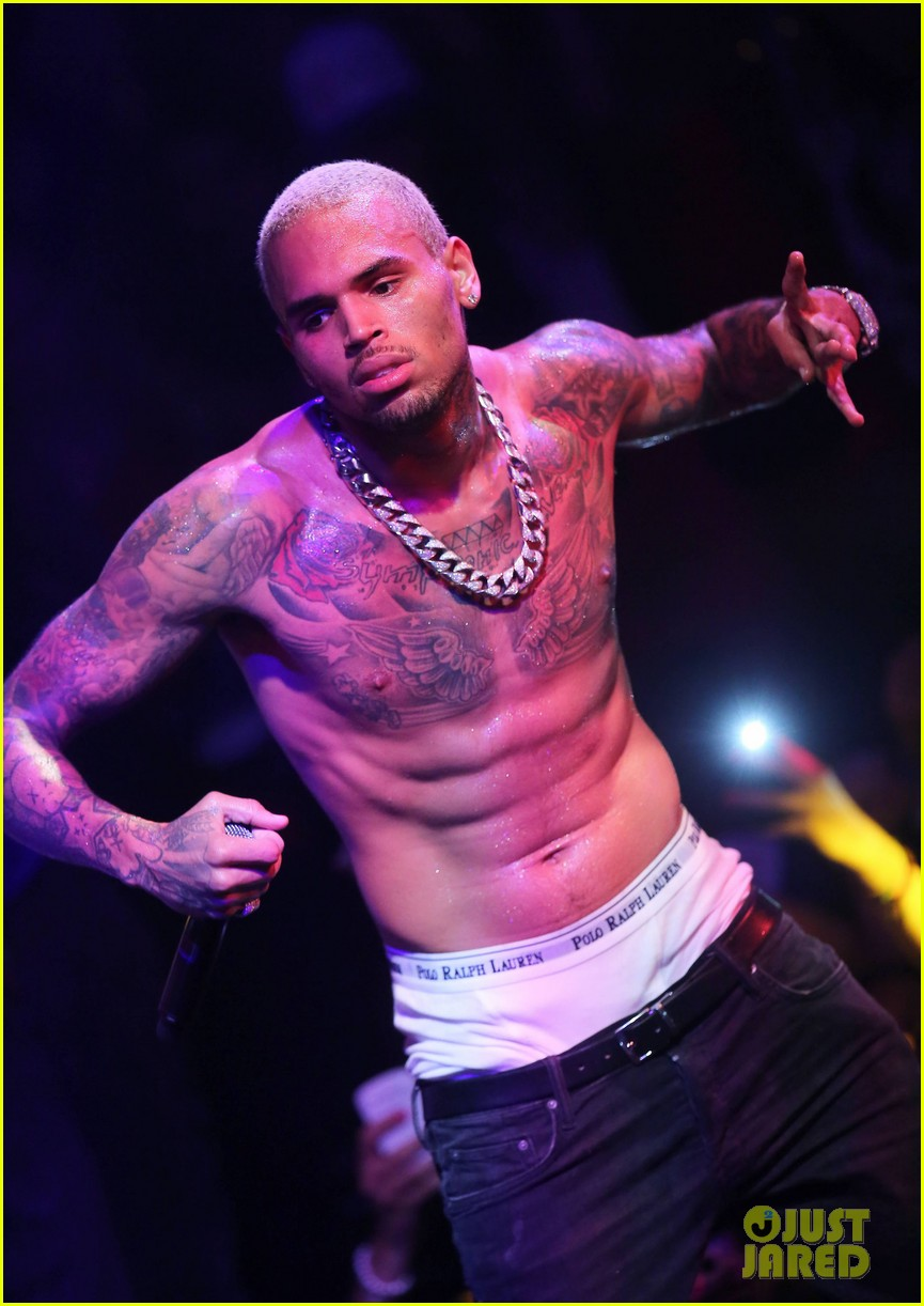 Chris Brown Shirtless 2012 chris brown shirtless gotha