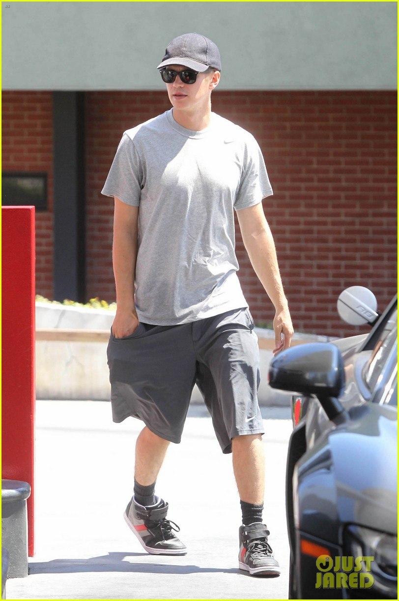 hayden christensen gas station stud 052691981