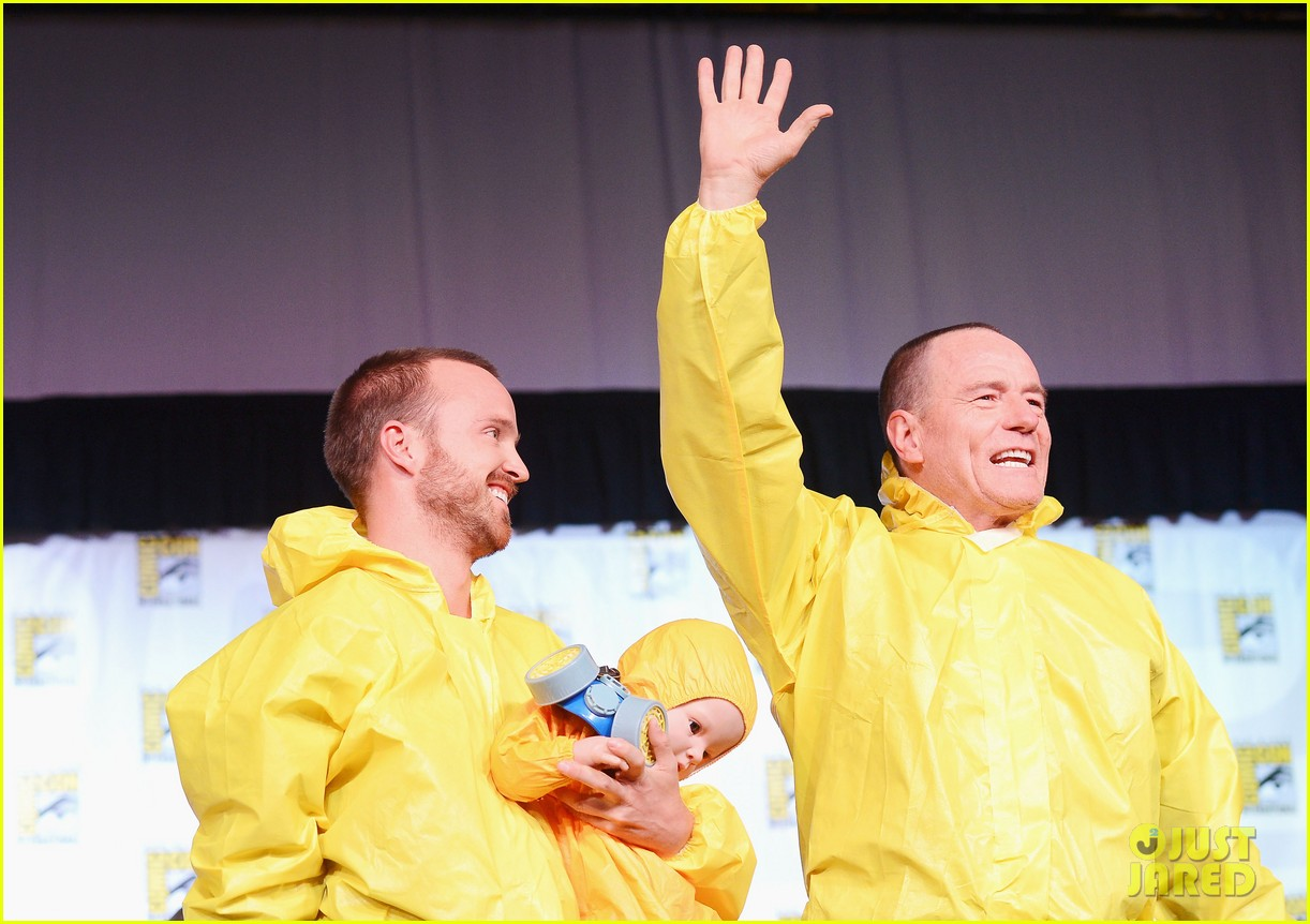 aaron paul bryan cranston breaking bad at comic con 03