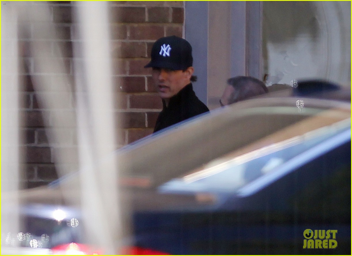 tom cruise lays low in london 112691016