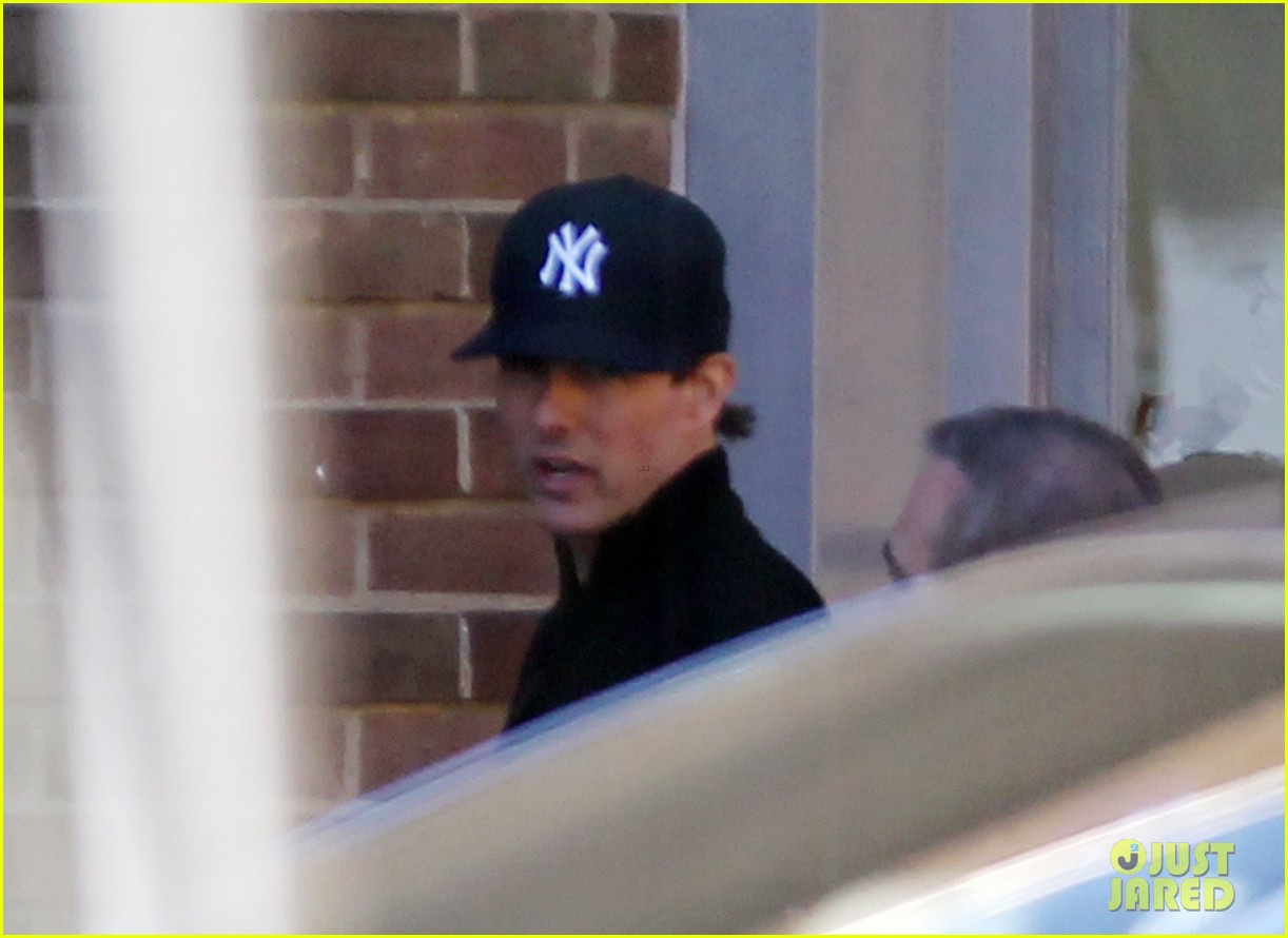 tom cruise lays low in london 12