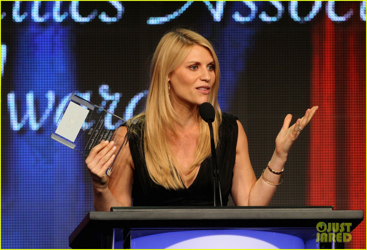 claire danes wins tcas outstanding achievement in drama 112693647