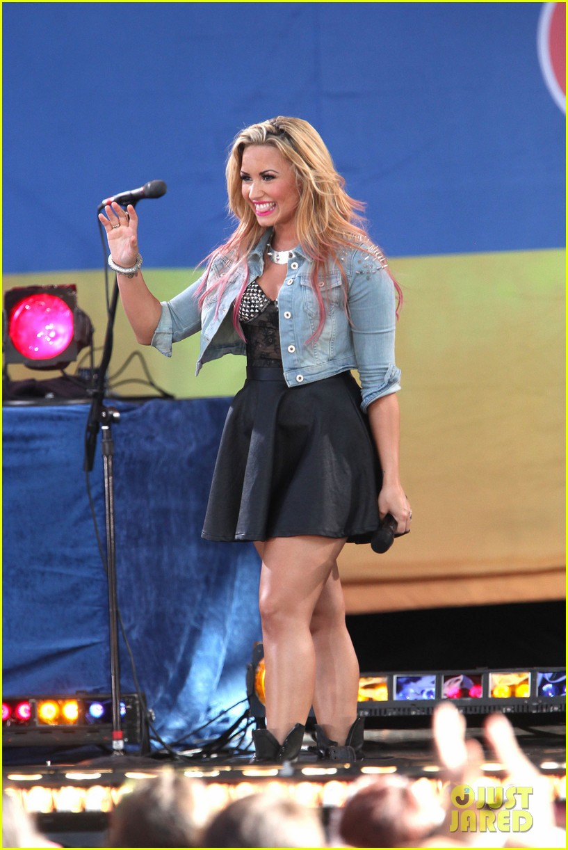 demi lovato summer concert series 08
