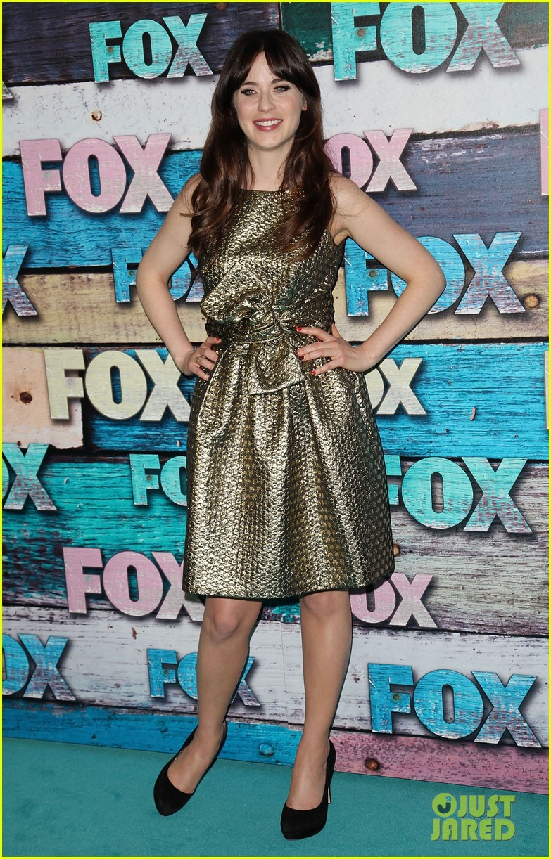 zooey deschanel mindy kaling fox all star party 152691293