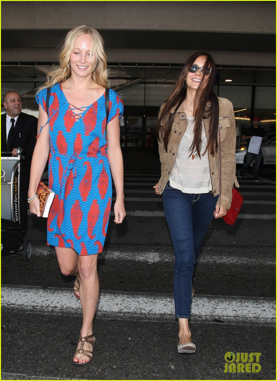vampire diaries cast landing at lax 112684150