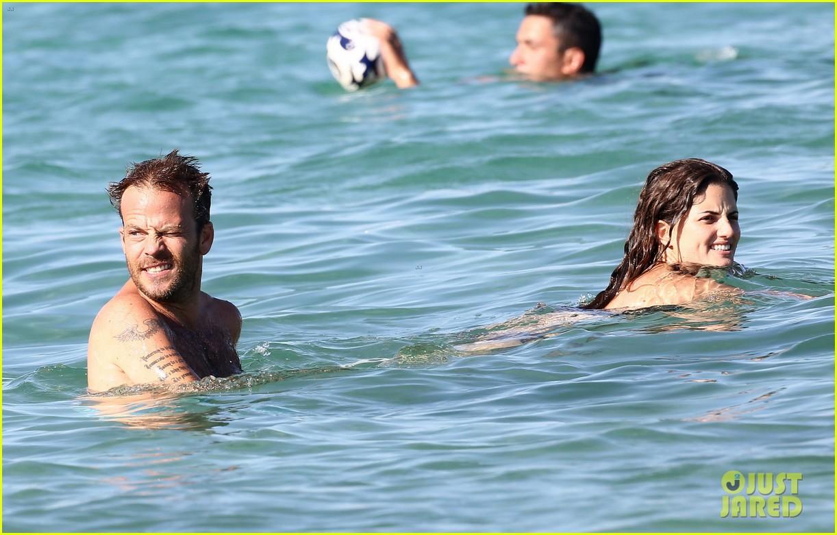shirtless stephen dorff vacations with tara reid 082684984