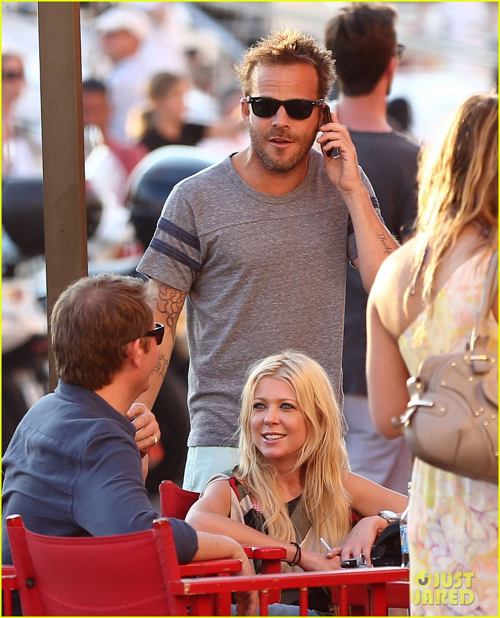 shirtless stephen dorff vacations with tara reid 162684992