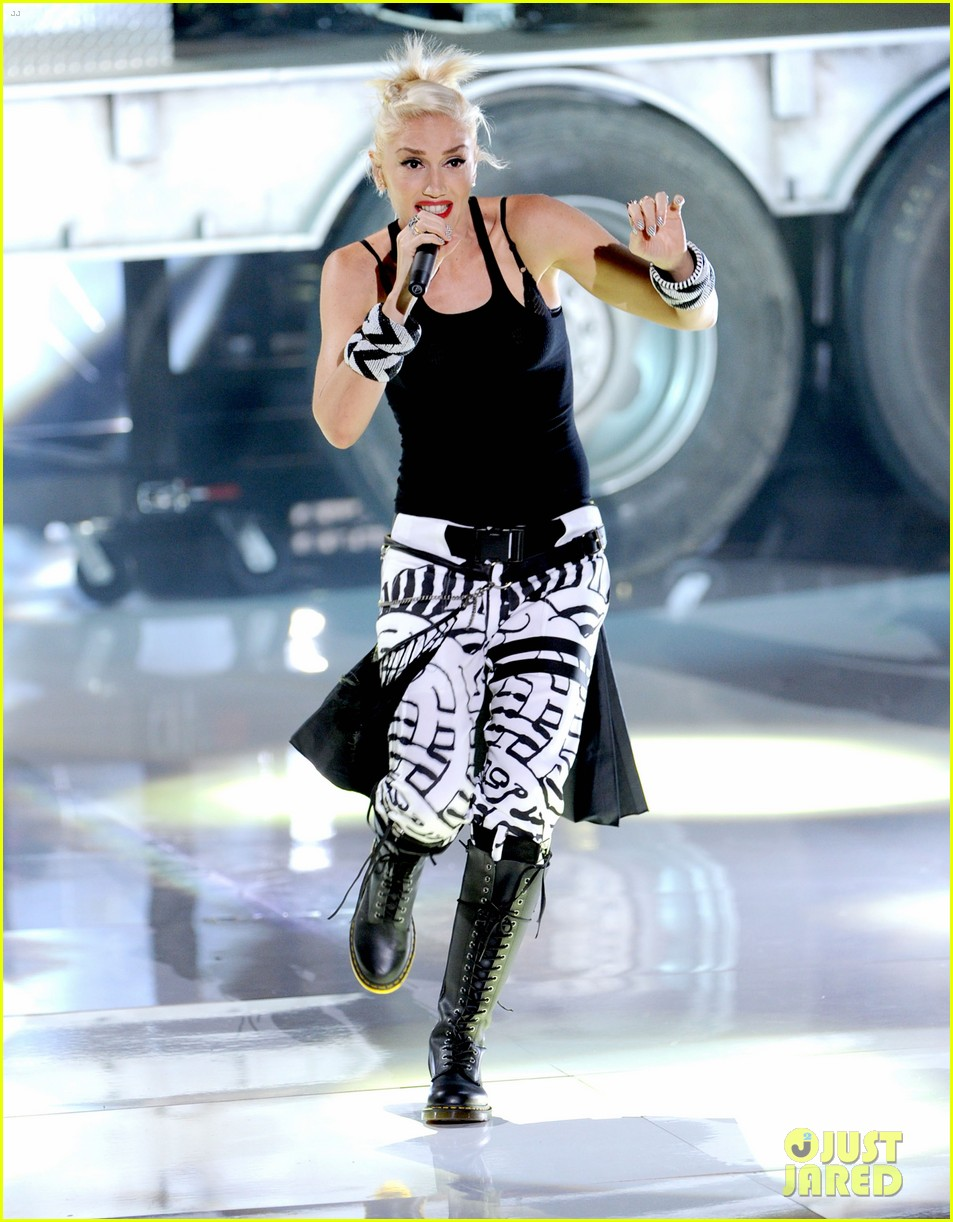 gwen stefani no doubt perform at teen choice awards 2012 012690746