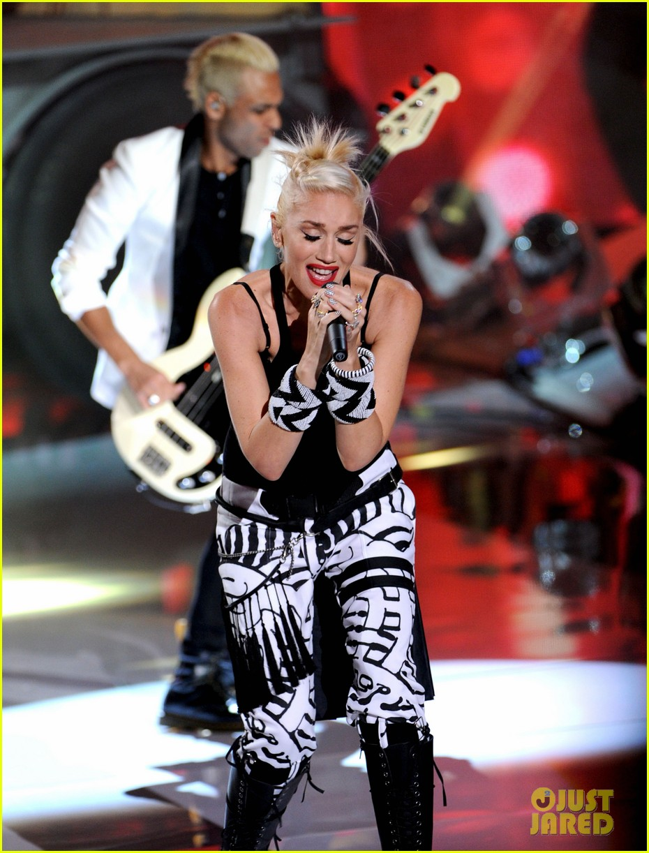 gwen stefani no doubt perform at teen choice awards 2012 17