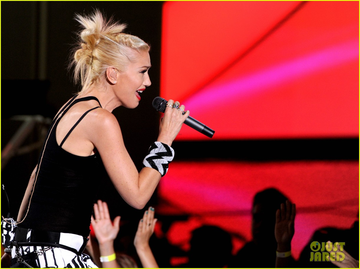 gwen stefani no doubt perform at teen choice awards 2012 222690767