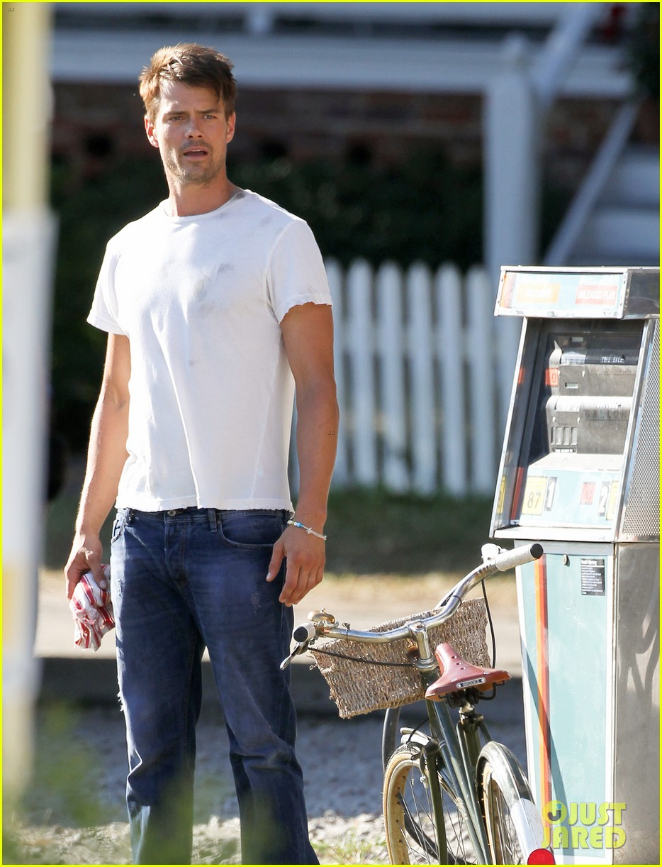 josh duhamel julianne hough safe haven set 092688765