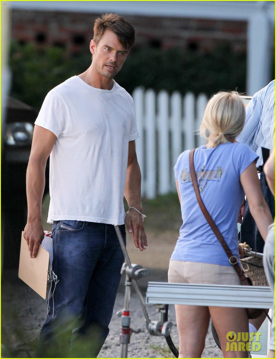 josh duhamel julianne hough safe haven set 102688766