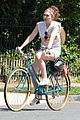dakota fanning elizabeth olsen big apple bicycles 10