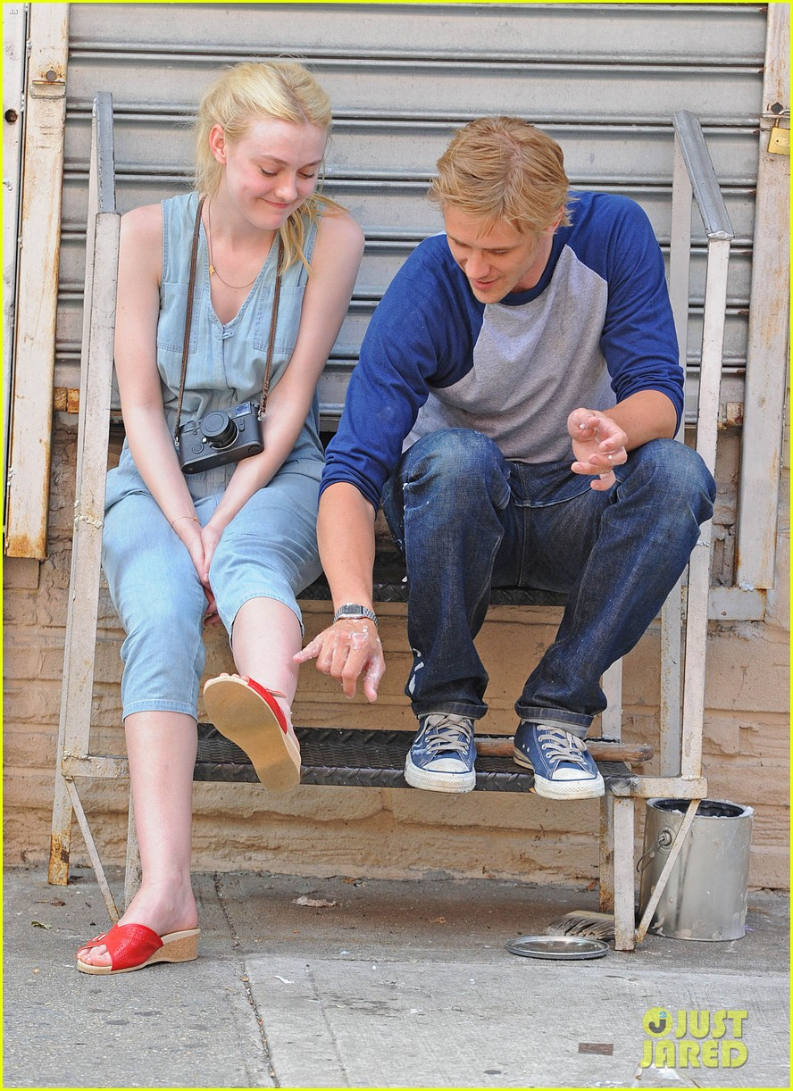 dakota fanning very good girls boyd holbrook 132683254