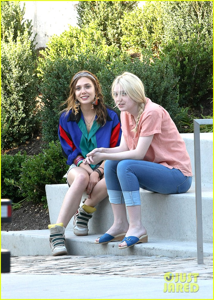 dakota fanning elizabeth olsen very good girls 072682082