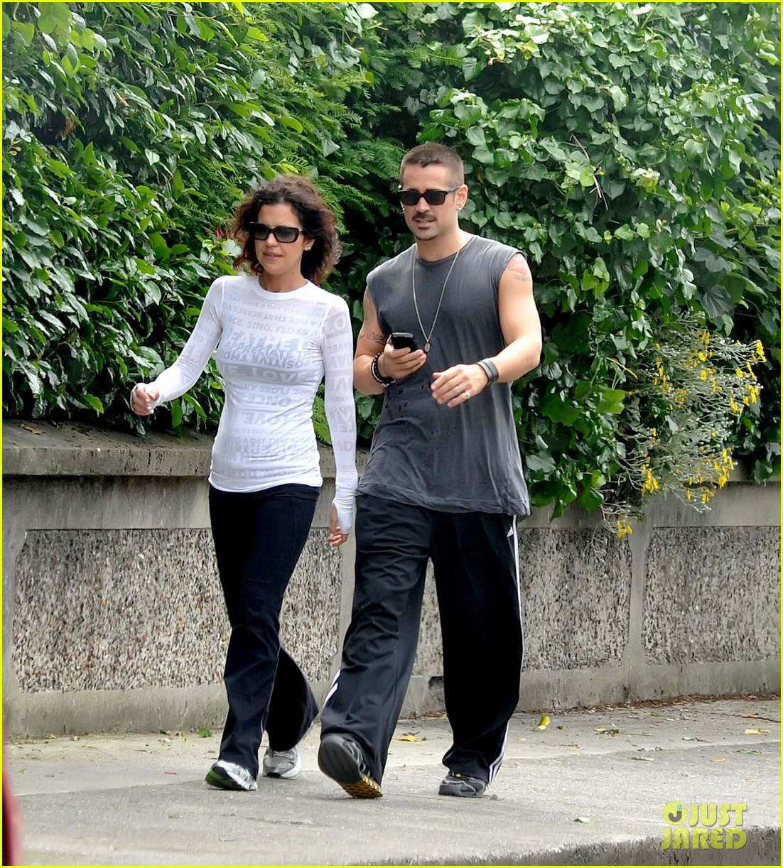 colin farrell morning stroll with sis claudine 062683828