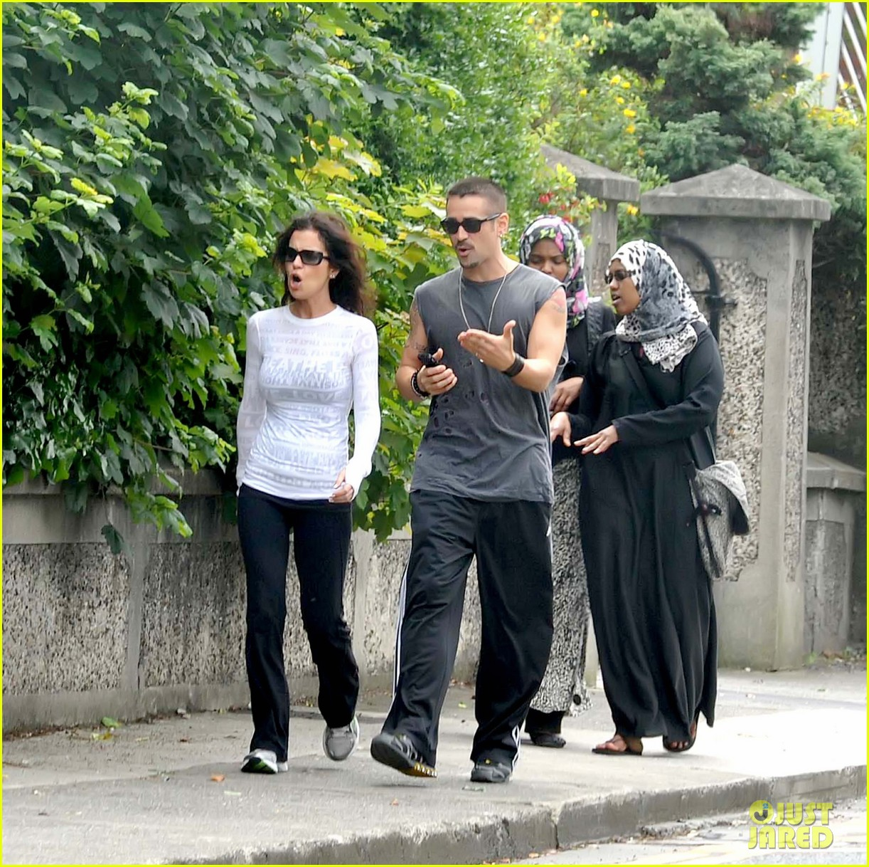colin farrell morning stroll with sis claudine 082683830