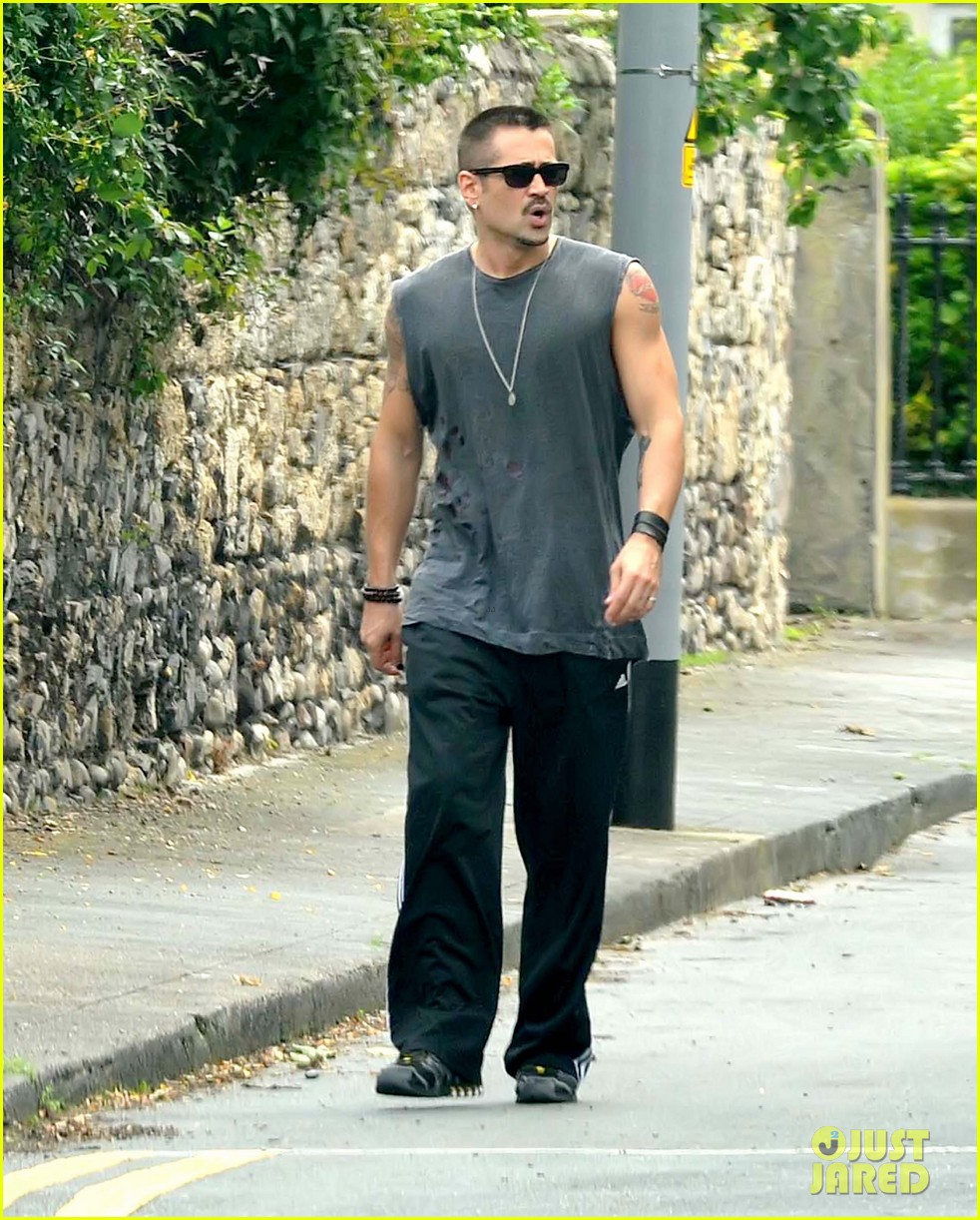 colin farrell morning stroll with sis claudine 092683831