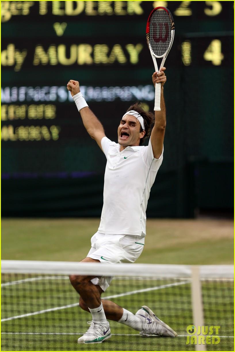 roger federer wimbledon mens singles winner 022684628