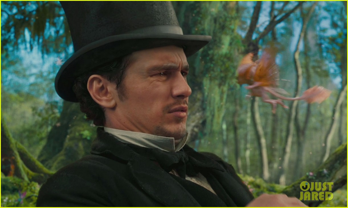 oz the great and powerful trailer stills 022686542