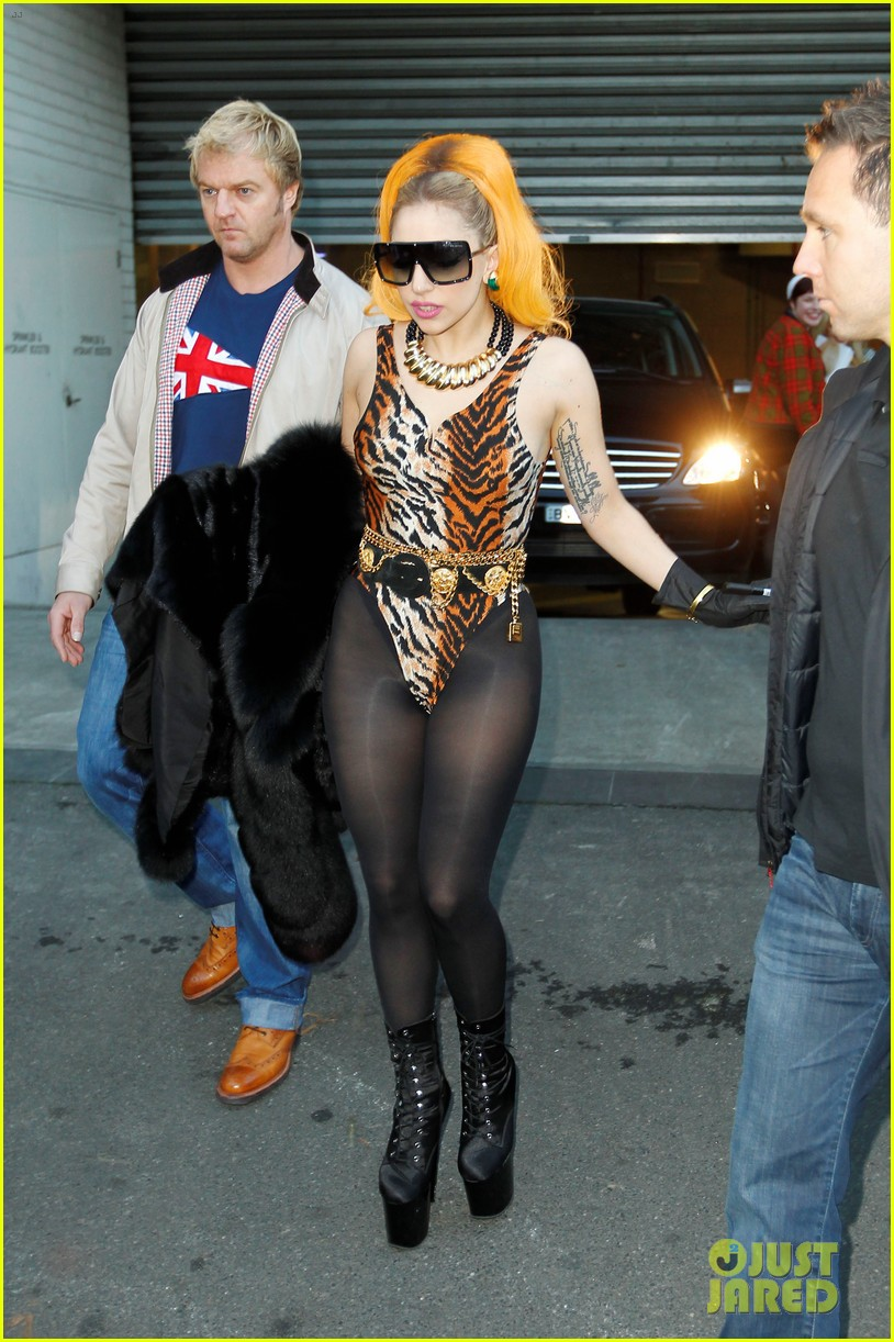 lady gaga leopard leotard in melbourne 01