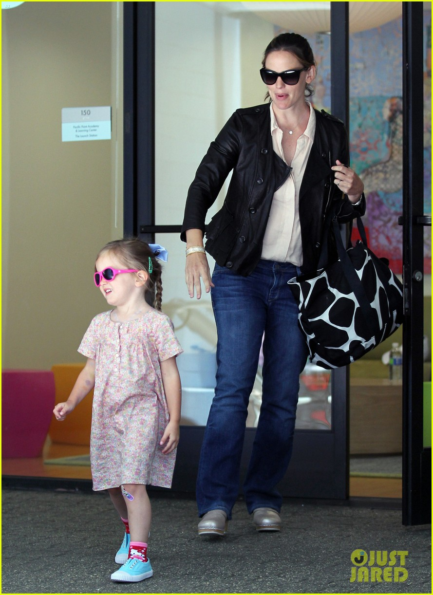 jennifer garner girls day out 092682795