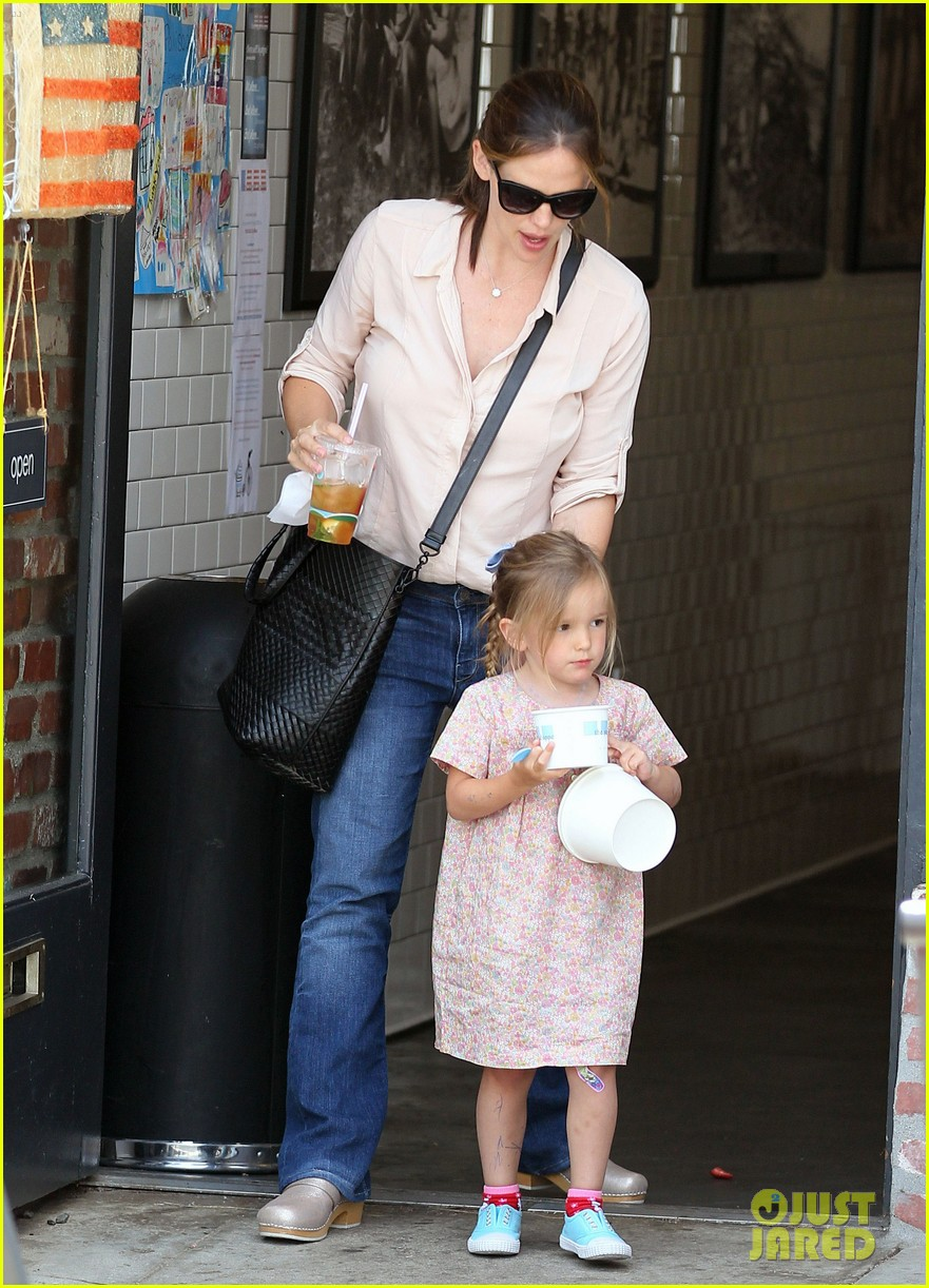 jennifer garner girls day out 13