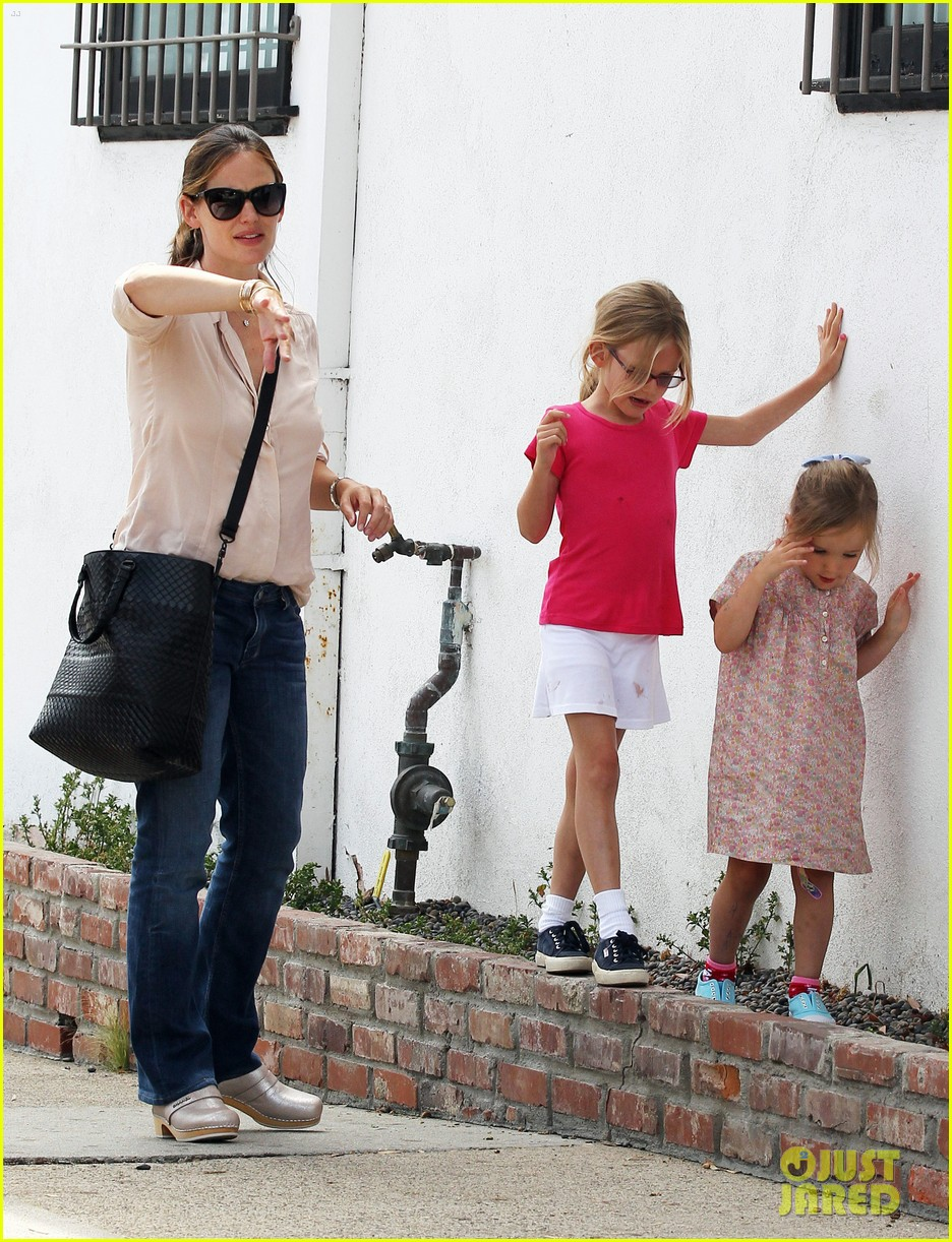 jennifer garner girls day out 162682802