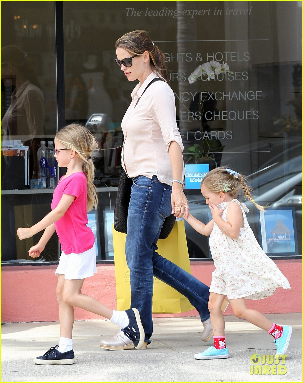 jennifer garner girls day out 17