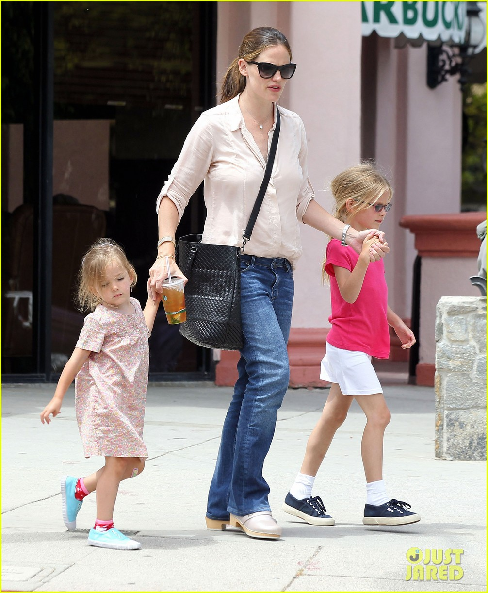 jennifer garner girls day out 182682804