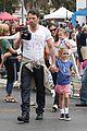 jennifer garner ben affleck bring samuel to parade 11