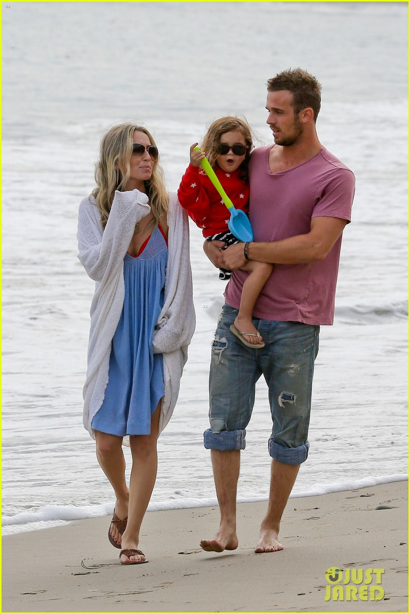 cam gigandet dominique geisendorff july 4 beach everleigh 082683418