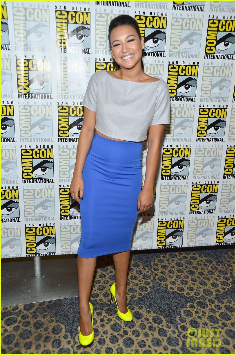 lea michele glee cast hits comic con 2012 072687487