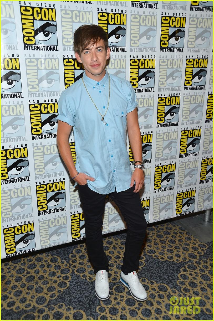 lea michele glee cast hits comic con 2012 172687497