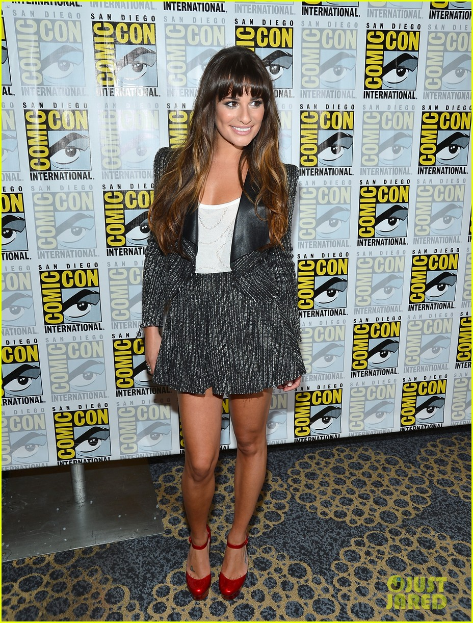 lea michele glee cast hits comic con 2012 232687503