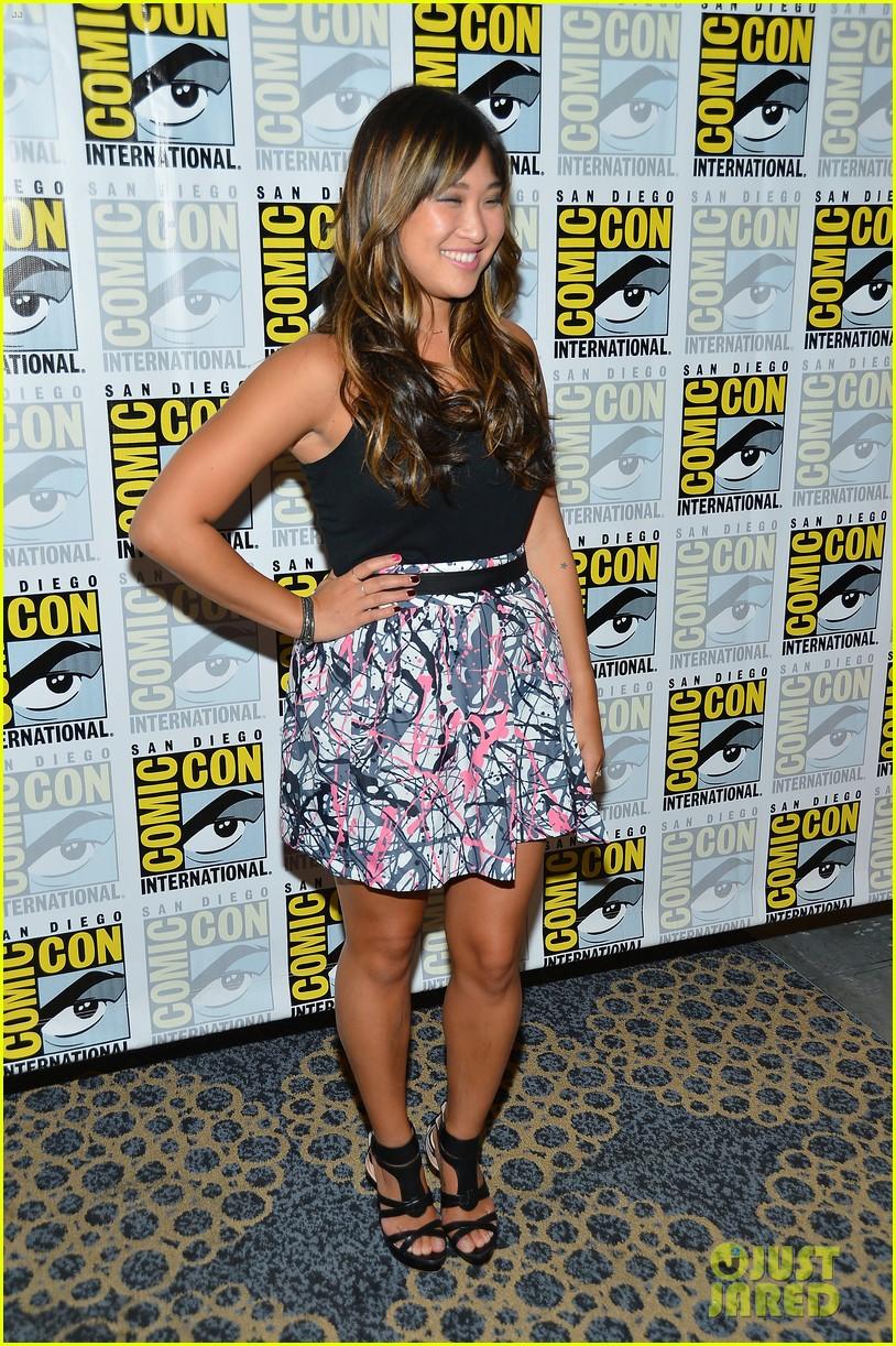 lea michele glee cast hits comic con 2012 332687513