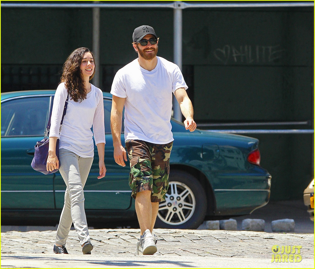 jake gyllenhall soho saturday with mystery gal 132681547